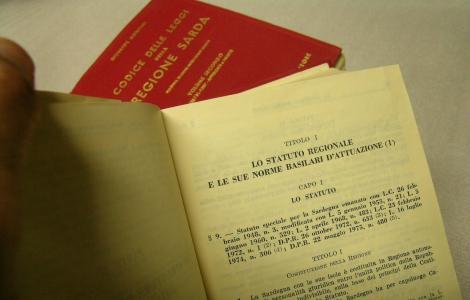 Statuto della Regione Sarda (Sardegna Digital Library)