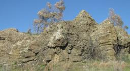 il geosito di Corongiu ripreso nella sua vastità
